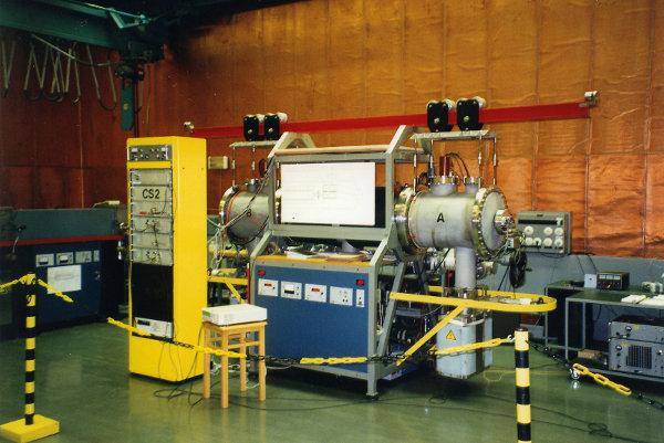 Cäsium-Atomuhr der PTB in Braunschweig