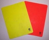 gelbe_rote_karte.jpg
